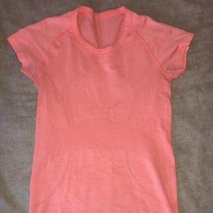 Swiftly tech Lululemon shirt